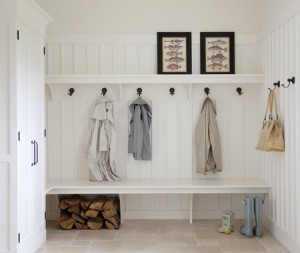 how to add a mudroom to a laundry room