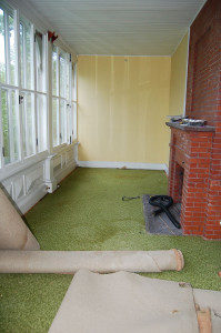 indoor-outdoor carpet removal